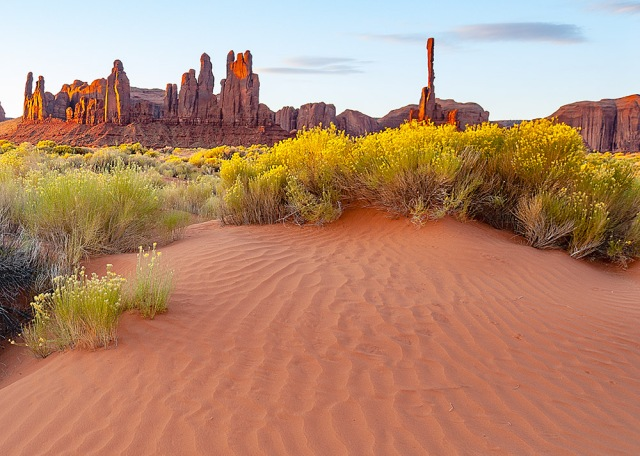 Monument Valley 2007-143 5-20-18 MAIN, BLOG, PHOTO OF DAY, NATIONAL PARKS